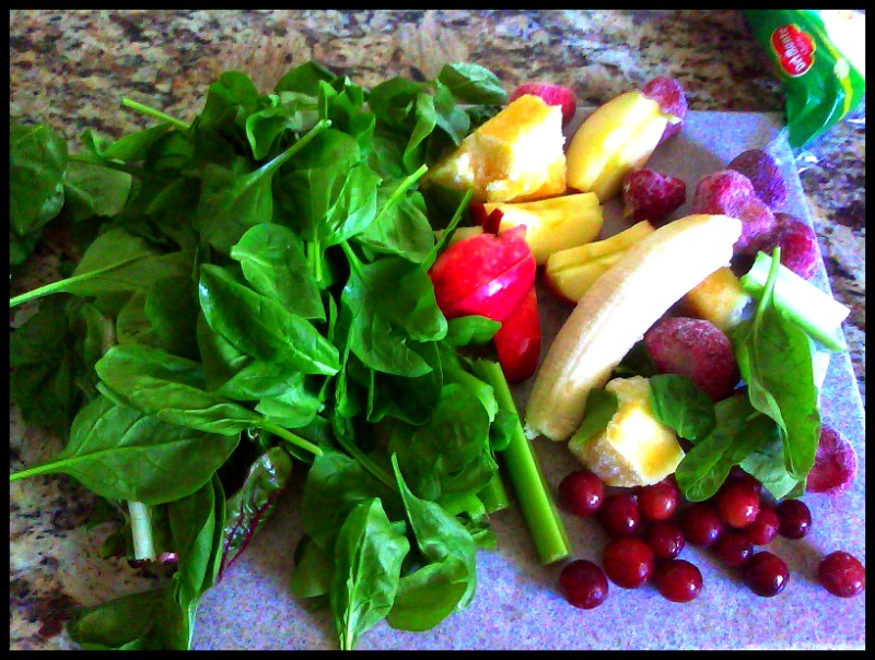 green smoothies ingredients final pic
